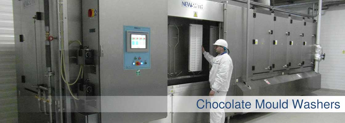 Chocolate mould washer